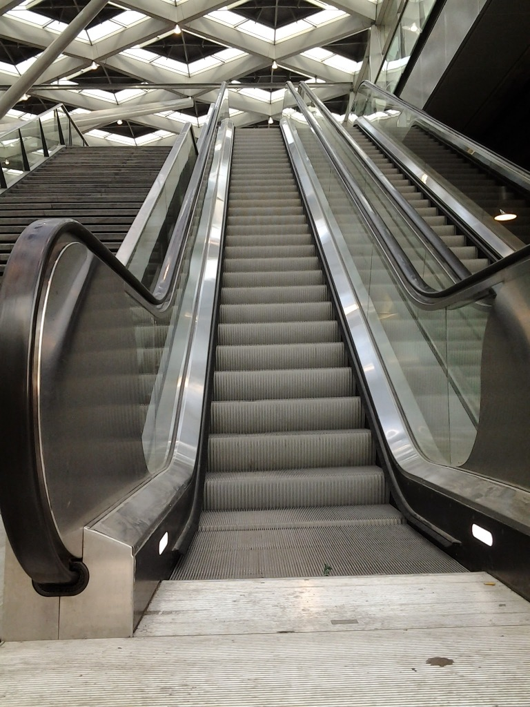 Postkaart6_escalator